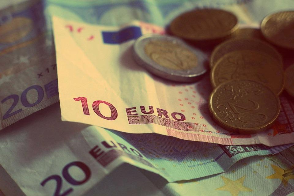 hotovost EU
